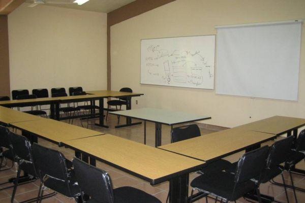 aula-2-16716833E-10C2-353D-E73D-63F5CF375739.jpg