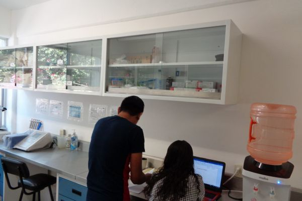 laboratorio-iecm-01-scaled5604F59A-2F25-E90D-B238-54E2EB9FE2FE.jpg