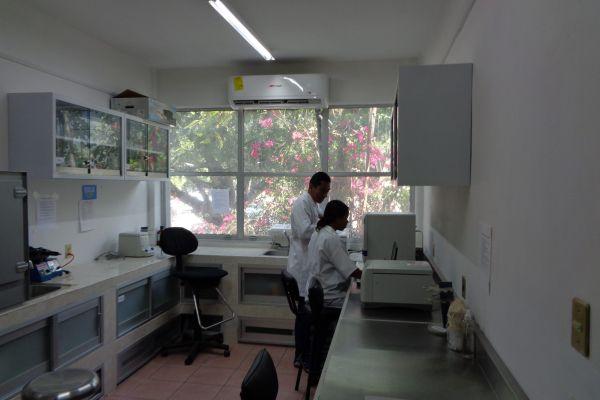 laboratorio-iecm-02-scaledB5770F1D-10B8-F77F-304C-AC585CED65AF.jpg